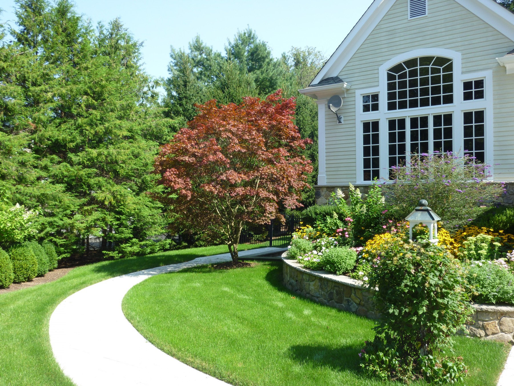 Professional Lawn Maintenance in NJ: Cost Guide